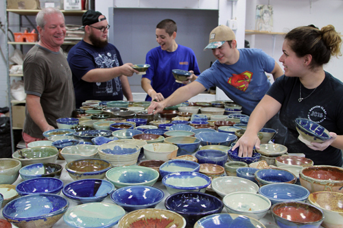 students with bowls