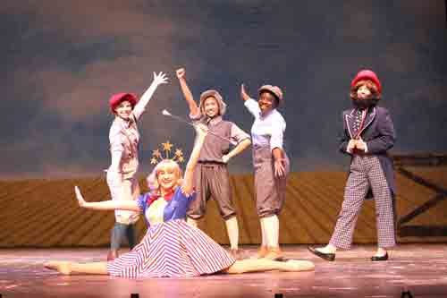 """FloArts students prepare for """"Gypsy,"""" the mother of all musicals. Front: Torie D'Alessandro. Back: L – R: Hannah Johnson, Emely Cuestas, Facia Lee and Logan Cheatham."""